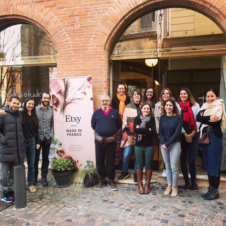 Les créateurs présents lors de l'événement Etsy/Made in France Montauban. Team Etsy Montauban